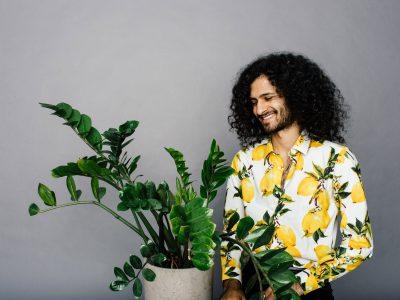 Pflanzen neben Menschen
